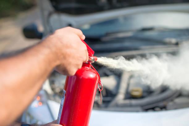 Bình cứu hỏa ô tô có nên dùng hay không?
