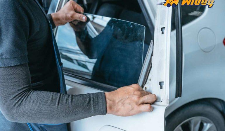 Cửa kính ô tô bị kẹt: Nguyên nhân và cách sửa chữa